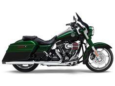 2014 Harley-Davidson® FLHRSE CVO™ Road King® | Seacoast Harley-Davidson® | North Hampton New Hampshire