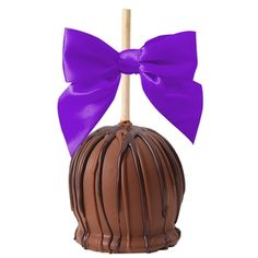 MY FAVORITE DESSERT OF ALL DESSERTS. QUEEN OF ALL THINGS CHOCOLATE! Gertrude hawk Carmel dipped apple