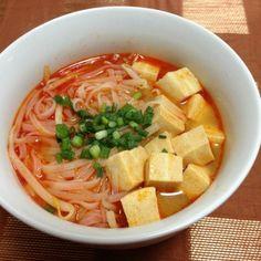 インスタントのビーフンに、もやしと高野豆腐プラス。 高野豆腐がスープを吸ってうまし! - 3件のもぐもぐ - 高野豆腐入り 担々ビーフン by naomio0123
