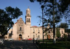 Hermosa la ciudad de Morelia, capital de Michoacán.