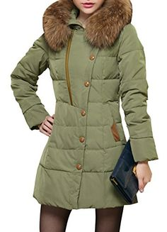 A green puffer, that looks different than everyone else's! Preeetttyyy. Jilia Women's Winter Mid-long Large Fur Trim Quilted Puffer Down Coat Parka M Army Green STBK-JINLIYA www.amazon.com/...