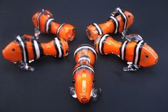 Clown Fish Chillum Glass Pipe by InfernoValley on Etsy Cool Pipes, Cool Glass Pipes, Pipes For Sale, Glass Pipes And Bongs, Cool Bongs, Weed Pipes, Straight Pipe, Puff And Pass, Smoking Accessories