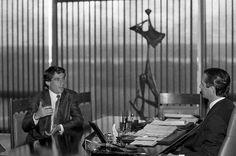 """""""Como presidente da República, recebi Ayrton Senna, o nosso inesquecível tricampeão mundial de Fórmula 1, em duas oportunidades, ambas no Palácio do Planalto. A primeira, em 1990, quando conversamos no gabinete e participamos de uma solenidade pré-natalina..."""" -Fonte: https://www.facebook.com/colloralagoas/posts/753801791330930"""