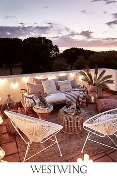 Every garden deserves to be beautiful! You can easily redesign your outdoor space with beautiful outdoor furniture, lighting, or stylish garden decor. Small Balcony Decor, Balcony Design, Patio Design, Outdoor Spaces, Outdoor Living, Outdoor Decor, Garden Furniture, Outdoor Furniture Sets, Furniture Ideas