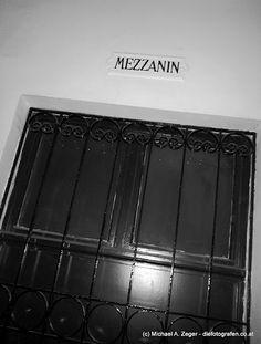 S'Mezzanin Vienna, Insight, Driveway Entrance