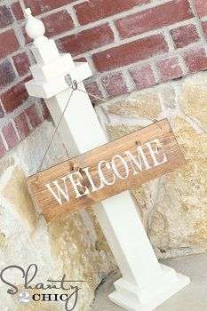 How to Easily Create a DIY Welcome Sign - a Perfect Touch of Class to Greet Your Friends and Guests! Make a post for your welcome sign