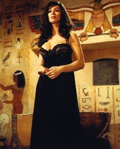 Valerie Leon in 'Blood from the Mummy's Tomb' Polished and well-acted but rather tame Hammer horror about ancient Egyptian relics, including Princess Tera's mummy, taken to England – the sacrilege is. Hammer Horror Films, Hammer Films, Horror Movies, Comedy Movies, Valerie Leon, Sexy Horror, Gothic Horror, Whispers In The Dark, Horror House