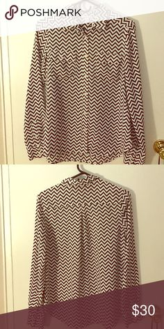 Chevron black and white blouse Chevron pattern, black and white small blouse American Eagle Outfitters Tops Blouses
