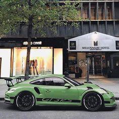 Photo via @supercars.spotter.london