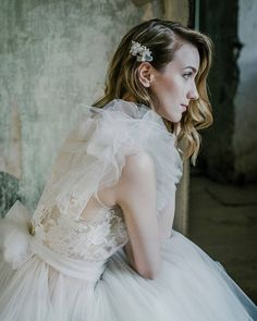 #hannakorsar hashtag on Instagram • Photos and Videos Bridal Headpieces, Veil, Flower Girl Dresses, Photo And Video, Trending Outfits, Wedding Dresses, Brides, June, Etsy