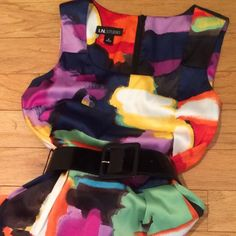 NWOT Gorgeous I.N. Studio Dress- Abstract Floral With POCKETS! What flattering fit w/ 97% polyester and 3% spandex! Fabric quality cannot be captured in a photo. Almost a smooth satin with less gloss. Bright primary colors with navy, black and white. From Dillard's. I.N. Studio  Dresses Midi