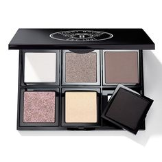 Shop Bobbi Brown Cosmetics online for all your eye makeup essentials and get Bobbi's signature beauty tips on creating a fresh, modern look. Bobbi Brown Eyeshadow, Eyeshadow Looks, Beauty Skin, Hair Beauty, Best Eye Cream, Makeup Essentials, Beauty Junkie, Pretty Makeup, Beauty Make Up