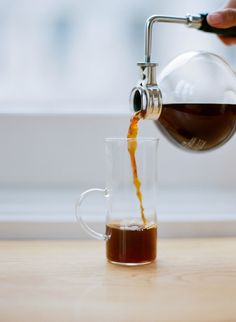 sonyayu:  A morning spent sipping siphoned coffee at Blue Bottle...