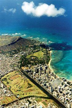 Diamondhead and Waikiki, Honolulu Hawaii Hawaii Usa, Aloha Hawaii, Hawaii Life, Hawaii Travel, Dream Vacations, Vacation Spots, Beautiful Islands, Beautiful Places, Waikiki Beach