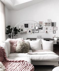 247 Best Gallery Wall Ideas For Home Decor Images On Pinterest In 2018 |  Mural Ideas, Wall Ideas And Gallery Wall Frames