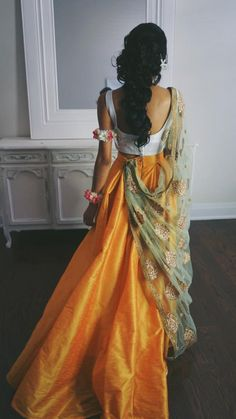 Something simpler for me :))) Punjabi Fashion, Indian Bridal Fashion, Indian Wedding Outfits, Asian Fashion, Indian Outfits, Traditional Fashion, Traditional Outfits, Indian Princess, Desi Wear
