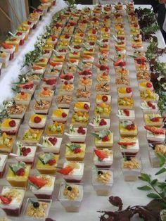 Les verrines, apéritifs gourmands et très à la mode, elles sont devenues un incontournable lors de réception. Voici dix recettes faciles à réaliser de ver