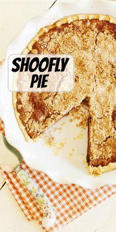 Shoofly Pie recipe from RecipeGirl.com #shoofly #pie #recipe #RecipeGirl Berry Smoothie Recipe, Fruit Smoothie Recipes, Healthy Smoothies, Cheesecake Recipes, Dessert Recipes, Fun Desserts, Shoofly Pie, Fun Easy Recipes, Delicious Recipes