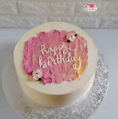14th Birthday Cakes, Pretty Birthday Cakes, Pretty Cakes, Cute Cakes, Simple Cake Designs, Korean Cake, Relationship Gifts, Birthday Cake Decorating, Cake Decorating Tutorials
