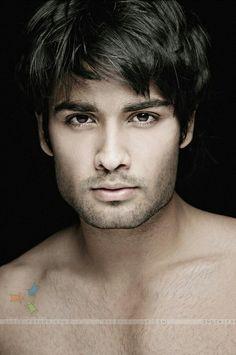OMG..... Vivian Dsena, Indian Show, Vampire Love, Tv Actors, Face Hair, Male Face, Mens Fitness, Handsome, Celebs