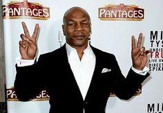 """7-Jun-2013 13:36 - TYSON´S ADVIES: BIJT GEEN OREN AF. Oud-bokser Mike Tyson heeft de Amerikaanse jeugd een dringend advies gegeven. """"Probeer in je leven geen oren af te bijten, jongens"""", zei 'Iron Mike' in een interview met de zender Fuel TV. """"Neem het aan van een man die het kan weten."""" Tyson werd in juni 1997 wereldnieuws door in de partij tegen Evander Holyfield een stuk van diens oor af te bijten. Hij bewaart er geen goede herinneringen aan. """"Dat oor smaakte naar stront,..."""
