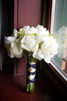 Blue-Ribbon-Wrapped-Bouquet