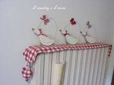 Risultati immagini per copritermosifone tutorial Lavender Bags, Country Paintings, Curtain Designs, Love Sewing, Easter Crafts, Fabric Crafts, Decoration, Diy And Crafts, Projects To Try