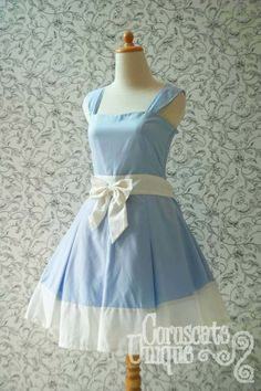 Vintage inspired Alice dress. Gives me ideas.