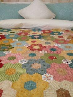 Hexi flower garden quilt idea