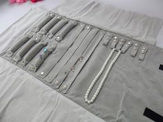 organizer canvas Picture - More Detailed Picture about Big Sale Factory Direct Selling Multi function Velvet Jewelry Display Necklace Ring Earring Storage Case Jewelry Roll Bag Picture in Jewelry Packaging & Display from Jewellery Display un Such Store Diy Earring Holder, Earring Storage, Jewellery Storage, Jewellery Display, Clean Gold Jewelry, Jewelry Roll, Jewelry Case, Silver Jewelry, Diamond Jewelry