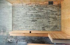 Alpen-Flair im Untergeschoss Sauna Room, Spa, Tile Floor, Tiles, Wellness, Flooring, Glamour, Sauna Ideas, House