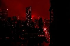 Discovered by enligne. Find images and videos about red, aesthetic and city on We Heart It - the app to get lost in what you love. Seattle Skyline, New York Skyline, Cyberpunk, Akira Kurusu, City Aesthetic, Aesthetic Colors, Dark City, Bungou Stray Dogs, Daredevil