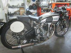 1938 Norton M30 International 500 cc racer restored last summer. Watch the video and the full photo gallery here:   http://www.moto-officina.com/index.php/moto-projects/entry/work-in-progress-1938-norton-m-30-international #norton #m30 #manx #motoofficina