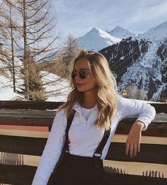 ð … – photo ideas – Wintersport – Glasses Ideas Photo Ski, Mode Au Ski, Foto Top, Ski Fashion, Womens Fashion, Winter Fashion, Arab Fashion, Sporty Fashion, Sporty Chic