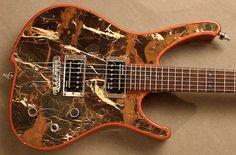 """Gorgonized"": Guitarras eléctricas con piedra natural"