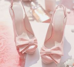 So pretty and pink! Don't forget to follow me! xo Emma