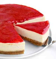 CheeseCake - how to make the perfect cheesecake - tips, tricks and an amazing recipe. it is best to store the cheesecake in the spring-form pan until ready t. Mini Cheesecake, Strawberry Cheesecake, Pumpkin Cheesecake, Cheesecake Recipes, Cheesecake Torta, Cake Recipes Without Eggs, Yummy Treats, Yummy Food, Easy Desserts