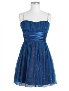 A really pretty dress for homecoming