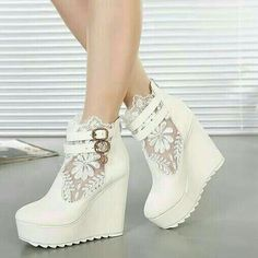 Wedding shoes white wedges boots 46 Ideas for 2019 Lace Wedges, White Wedges, White Wedge Heels, Lace Heels, Dream Shoes, Crazy Shoes, Wedge Boots, Heeled Boots, Ankle Boots