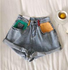 diy clothes Retro Denim Shorts us Painted Jeans, Painted Clothes, Hand Painted, Painted Shorts, Diy Clothes Paint, Womens Fashion Online, Latest Fashion For Women, Fashion Women, Mode Outfits