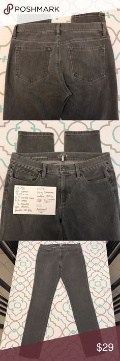 "💙👖Cute Loft Gray! Skinny Jeans👖💙28 5/6 30"" GUC 💙👖Cute Ann Taylor Loft Skinnies👖💙 Gorgeous Soft Grey Color! Slight Discoloration stains. Faint. See Photos!!! ; ) Good Used Condition. Modern Skinny Fit. Awesome Look. Size 28 (5/6). 30"" Inseam. 8.25"" Rise. 14.5"" Across Back. Good Stretch! Love these Jeans! Ann Raylor Loft! Ask me any questions! : ) LOFT Jeans Skinny"