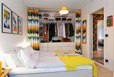 Cortinas nas portas de armários - http://www.arquitrecos.com/