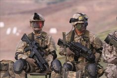 Turkish Special Forces - Special Forces Command #ÖKK aka #Bordo Bereliler during… Turkish Soldiers, Warrior Quotes, Black Ops, Special Forces, Armed Forces, Picture Quotes, Weapons, Military, Warriors