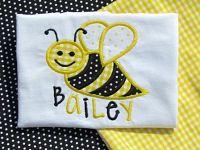 Appliqued monogrammed bee shirt www.beckysbowboutique.com Little Diva, Boutique Hair Bows, Applique, Bee, Shirt, Accessories, Honey Bees, Dress Shirt, Bees