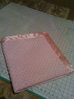 Bella Bama: DIY Minky Baby Blanket with Satin or Ruffle Trim. Gonna make a toddler version with bright colors. She loves her blankie!!