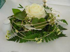 Die 47 Besten Bilder Von Taufe Floral Arrangements Floral Design
