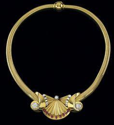 Boucheron – A necklace  gold 750, old-cut diamonds, brilliants, total weight ca. 1,45 ct, rubies, workmanship ca. 1940, length: ca. 41 cm, socket fastening, safety fastening, signed Boucheron Paris, French hallmark, 63,3 g
