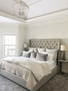 Teen bedroom themes must accommodate visual and function. Here are tips to create the coolest teen bedroom. Cosy Bedroom, Room Ideas Bedroom, Bedroom Themes, Master Bedroom, Teen Bedroom, Cream And Grey Bedroom, Cream Bedrooms, Cream Bedroom Decor, Small Grey Bedroom