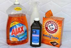 De benodigde ingrediënten voor het schoonmaken van een matras