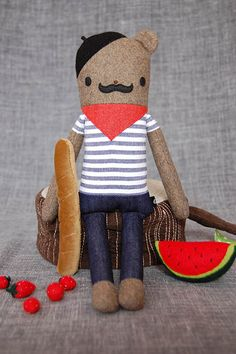 Pretty obsessed with the bread plushie